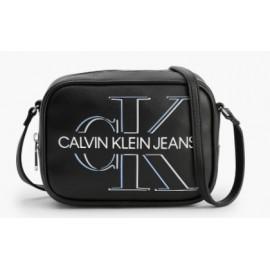 Calvin Klein Camera Bag Glow Black Tracolla Nera Logo Argentato-Giuglar Shop