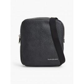 Calvin Klein Jeans Micro Pebble Reporter Tracolla S Black - Giuglar Shop